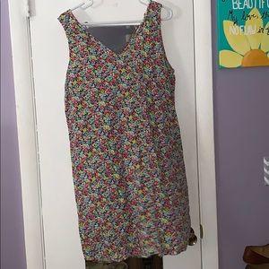 🌸🌸NWT GAP floral dress size M🌸🌸